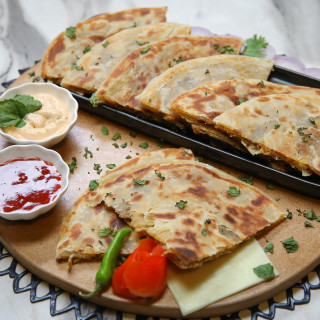 Spicy Chicken Paratha